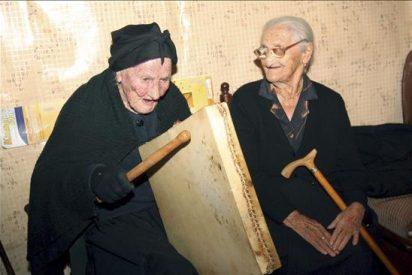 La Tía Gora de Salamanca cumple 106 años al son del pandero cuadrado