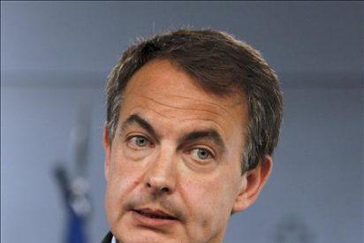 Zapatero achaca a la crisis de Grecia la bajada de sueldo de los funcionarios