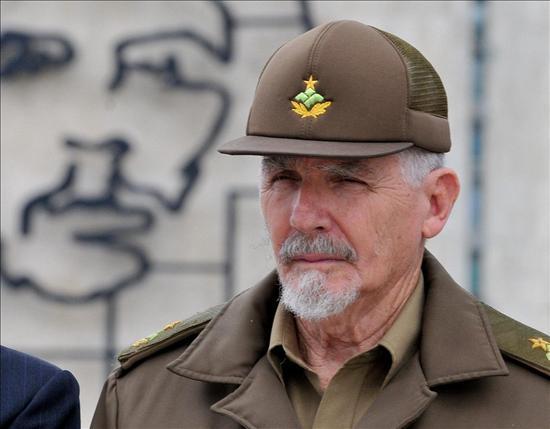Raúl Castro cambia a los ministros de Informática, Construcción y Recursos Hidráulicos