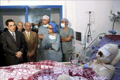 Un estudiante fallece en Túnez días después de quemarse a lo bonzo