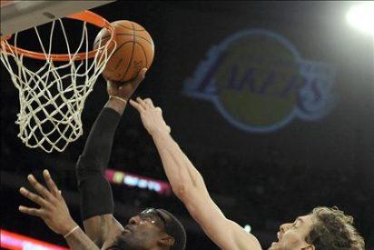 Los Spurs y Heat lo tuvieron difícil; los Lakers ganan fácil