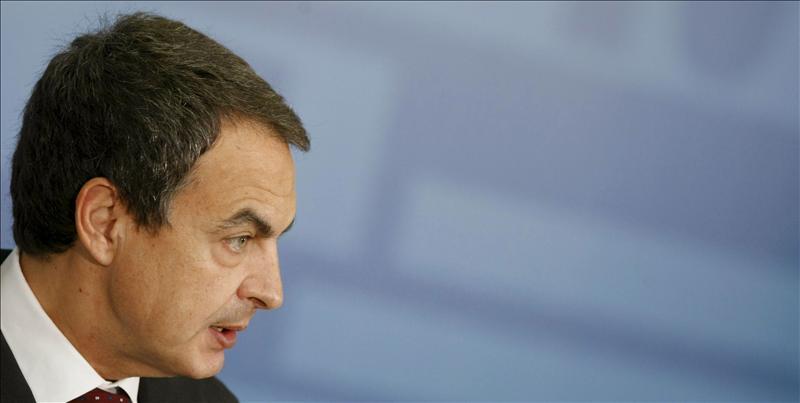 Zapatero dice que la ausencia de reformas es peor que la falta de consenso