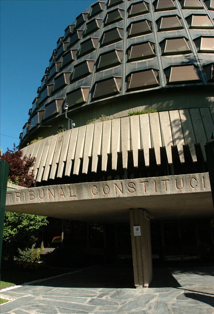 La renovación de cuatro magistrados abre una nueva etapa en un Constitucional debilitado