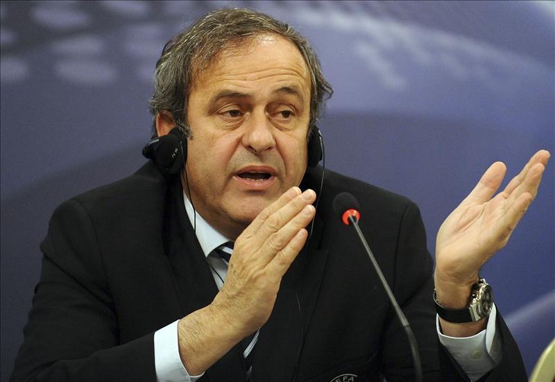 Platini anuncia que dará un Balón de Oro europeo