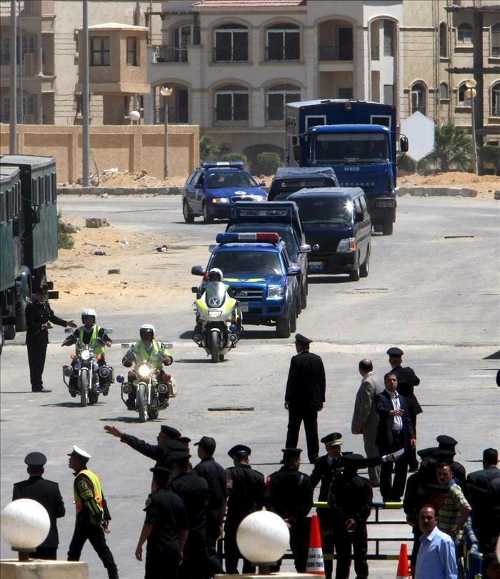 Al menos un cristiano muerto y cinco heridos por disparos de un policía en Egipto