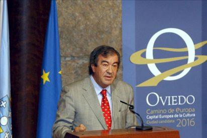Rajoy dice que la salida de Cascos es historia pasada y respalda a Espinosa