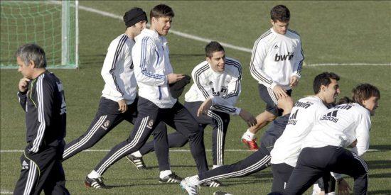 Canales y Mateos, únicas ausencias de la convocatoria del Real Madrid por motivos técnicos