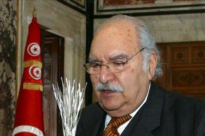 El nuevo presidente interino dice que nadie será excluido del proceso político