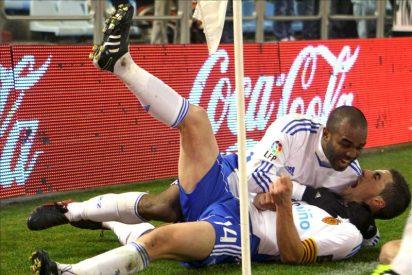 Zaragoza y Sporting respiran y pelean por la permanencia