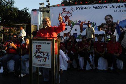 El vicepresidente salvadoreño pide a los jóvenes ser artífices de un nuevo país