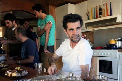 El asesor de Ahmadineyad dice que el gobierno se opone a la condena a Panahí