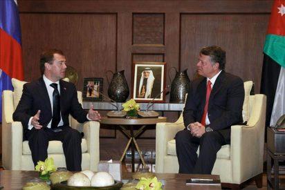 Medvedev apoya un Estado palestino soberano con Jerusalén este como capital