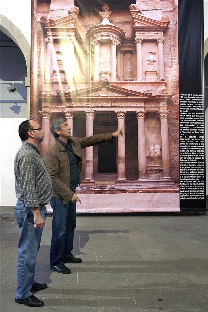 """El grupo """"Harmattan"""" dedica a Petra su nueva exposición fotográfica"""