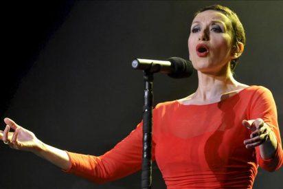 Luz Casal regresa al escenario en Segovia envuelta en aplausos
