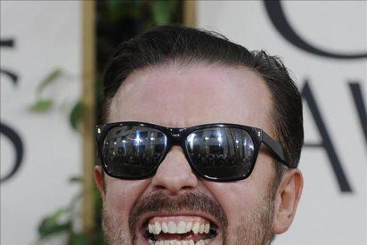 Ricky Gervais no se arrepiente de las bromas que hizo durante los Globos de Oro