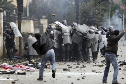 Dos muertos en las manifestaciones antigubernamentales en Albania