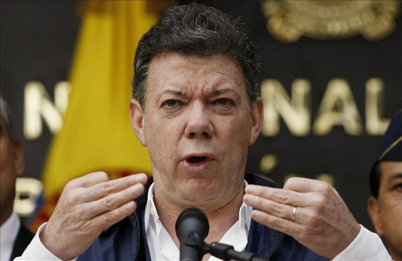 """Santos: si la justicia colombiana investiga a Uribe """"lo aceptaré"""""""