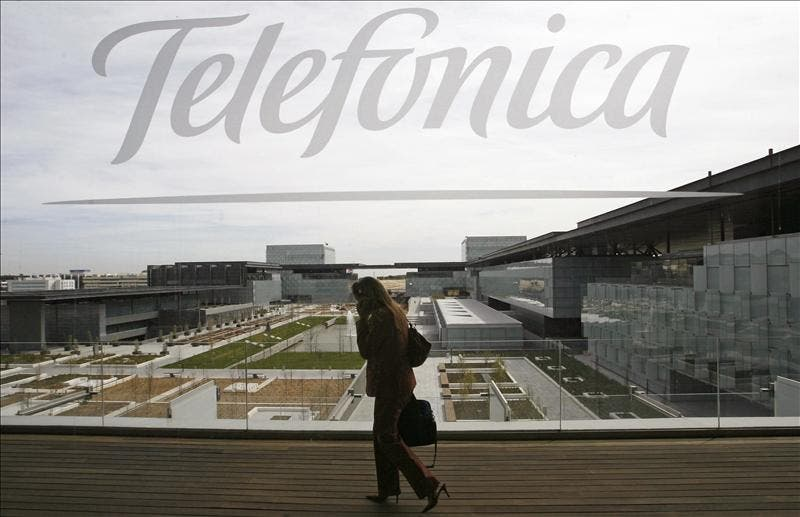 Telefónica coloca 1.200 millones de euros en bonos a seis años