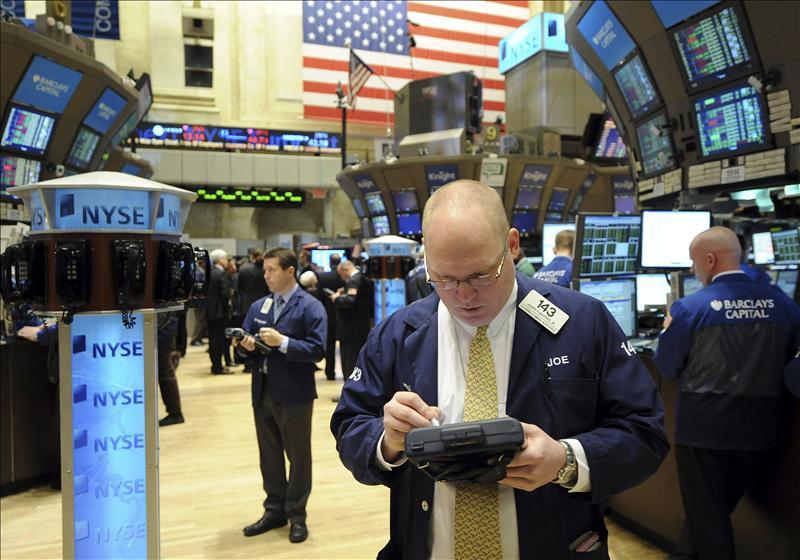 Wall Street cierra con un descenso del 0,03 por ciento en el Dow Jones de Industriales