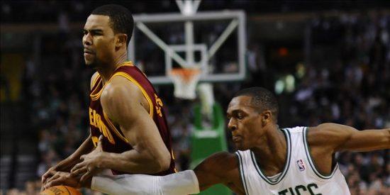 112-95. Pierce lidera a los Celtics al triunfo y hunden más a los Cavaliers