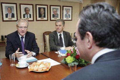 La UE revisa las reformas económicas griegas para aprobar un nuevo préstamo