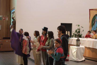 Las misas siempre llenas del cura de Zabalgana