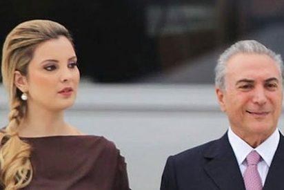 La mujer de vicepresidente brasileña roba miradas