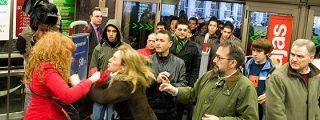 La imagen del inicio de las rebajas con una pelea entre clientas era falsa