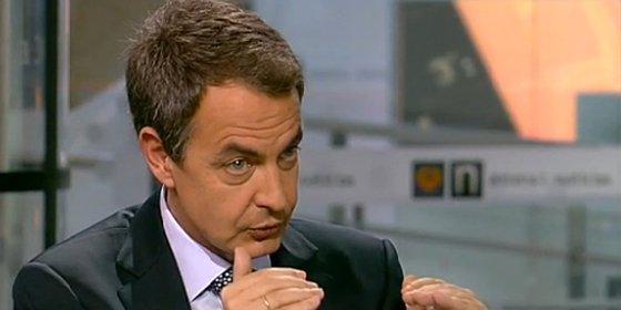 Hipocresía socialista: ZP pidió un pitillo tras la entrevista en Antena3