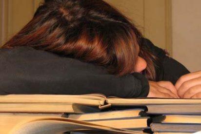 """El 70% de los españoles vive """"cansado"""""""