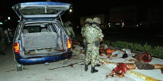 Hallan quince cuerpos decapitados frente a un centro comercial en balneario de Acapulco