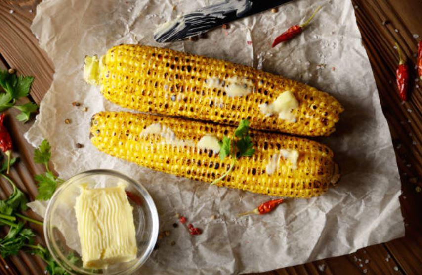 Mazorcas de maíz al horno
