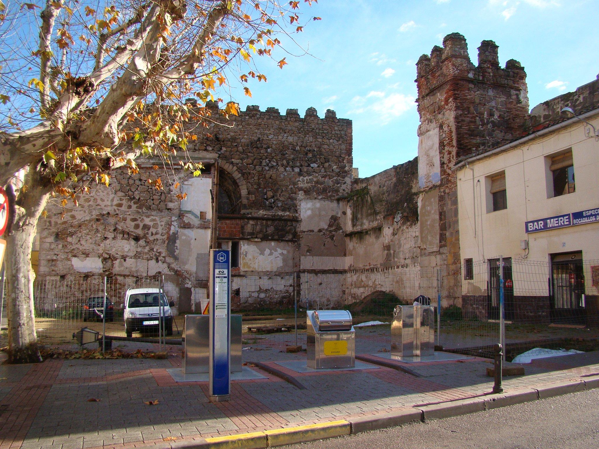 Comienzan las obras de restauración del tramo de la muralla de Corredera y Palenque