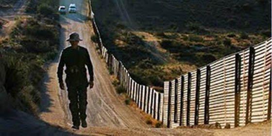 Oposición griega rechaza levantar un muro contra inmigrantes