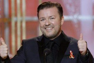 El humor chabacano de Ricky Gervais presentando los Globos de Oro enfurece a Hollywood