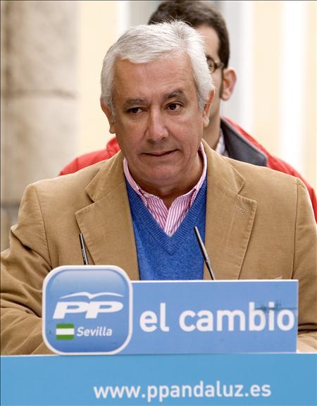 El PP alcanzaría la mayoría absoluta en las autonómicas andaluzas