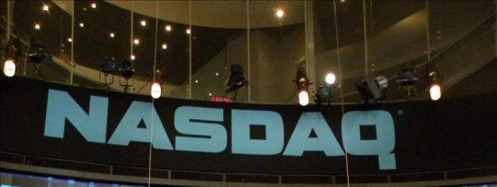Nasdaq sopesa sus opciones para no perder terreno tras las fusiones, según WSJ