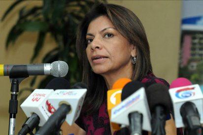 Chinchilla critica el respaldo de Ortega al líder libio Muamar el Gadafi