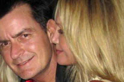 Charlie Sheen deja embarazada a una actriz porno