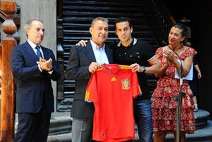 Rivero: El abrazo a lo español