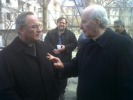 """El nuncio en Turquía avisa de que la Iglesia sólo persistirá si reevangeliza con """"humildad"""""""