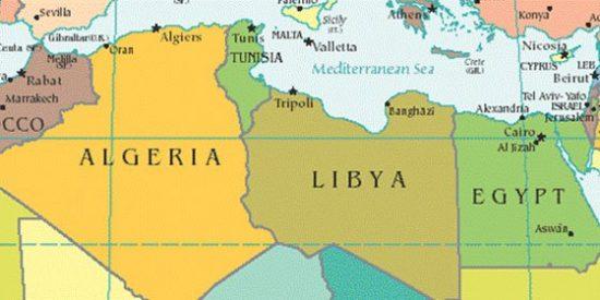 """Moisés Naím: """"Ni Túnez fue Wikileaks, ni Egipto Facebook, ni Libia Twitter, las revoluciones las deciden los fusiles del ejército"""""""