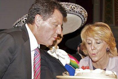"""La Comunidad de Madrid aclara que no ha autorizado las fotografías de Esperanza Aguirre en """"El Mundo"""""""