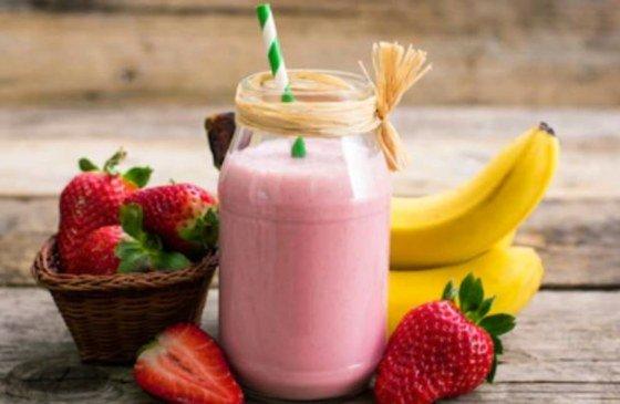 Batido de plátano y fresa fácil