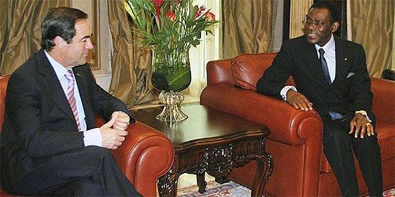 """Bono al dictador Obiang: """"Es muchísimo más lo que nos une que lo que nos separa"""""""