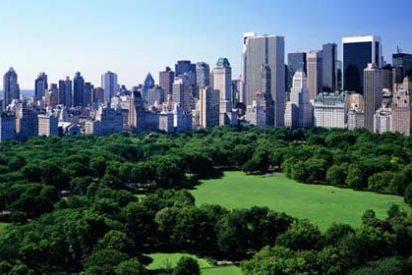 Nueva York prohíbe fumar en todos sus parques y playas
