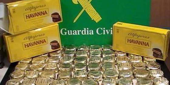Detienen en España a un boliviano con 5 kilos de cocaína ocultos en pasteles