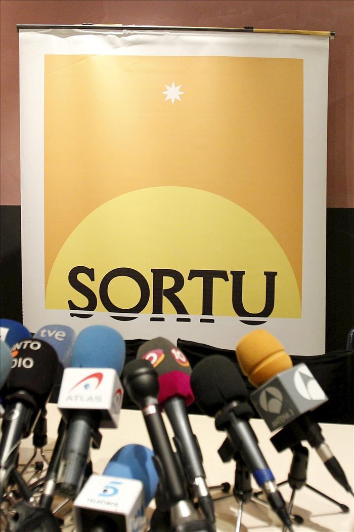 """La Abogacía del Estado pedirá ilegalizar Sortu porque """"no ha cortado con ETA"""""""