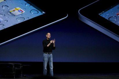 Steve Jobs lanza el iPad 2, más rápido, fino y con dos cámaras