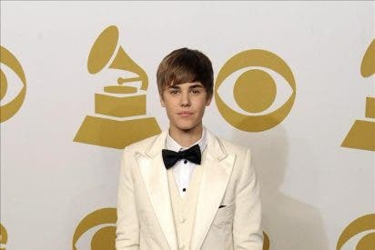 Subastado un mechón de pelo del cantante canadiense Justin Bieber
